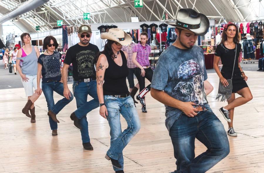 5 buone ragioni per scegliere la Country line dance