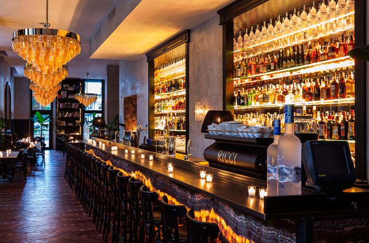 """Inaugurazione del """"Ricci"""", storico ristorante milanese"""