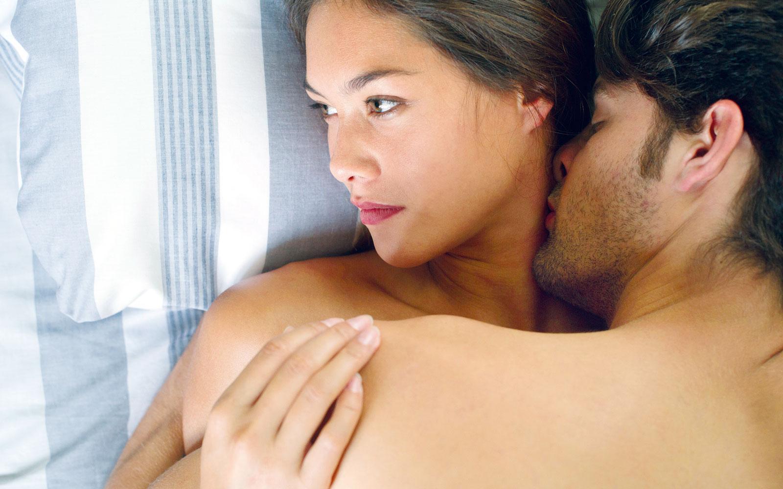 A che cosa pensano le donne durante il sesso silhouette donna - Cosa desiderano le donne a letto ...