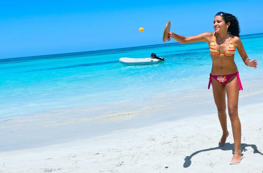 Beach tennis: per sfidarsi, dimagrire, scolpire tutto il corpo