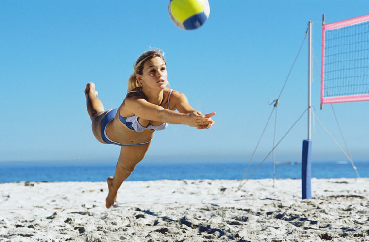 Beach volley: tono, linea, divertimento