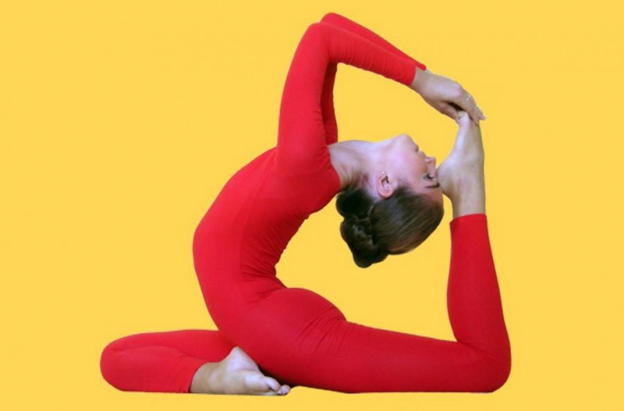 Yoga contro l'insonnia: 3 esercizi per dormire bene