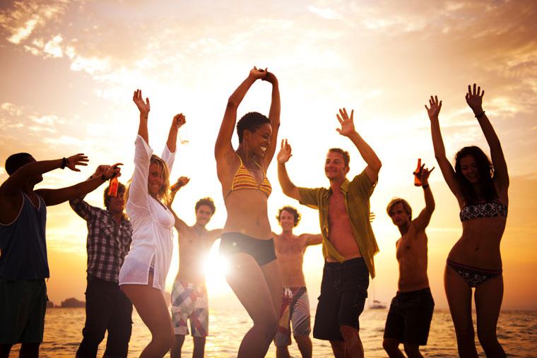 Balli di gruppo: facili, divertenti, perfetti per socializzare