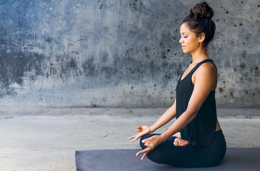 Yoga thai: tone & detox