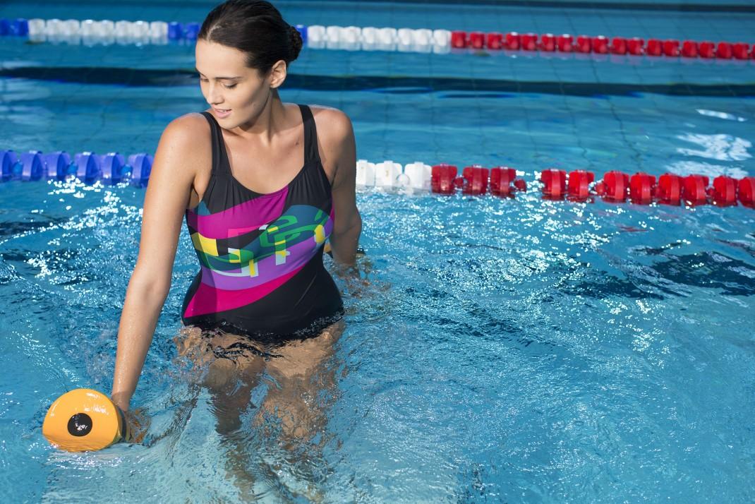 Acquafitness scopri gli attrezzi pi nuovi e divertenti for Attrezzi piscina