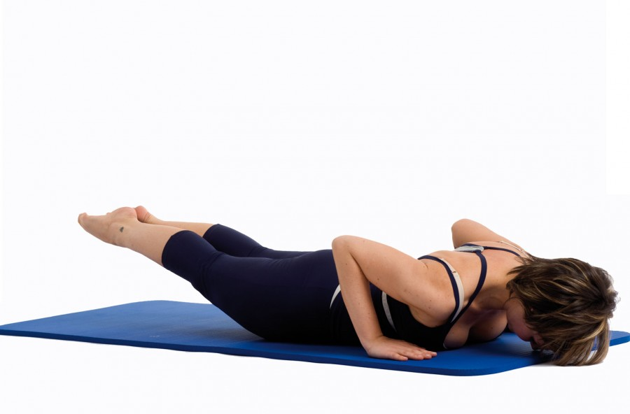 Pilates: swan dive per braccia toniche