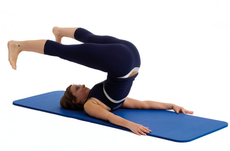 Pilates: roll over, per addominali d'acciaio