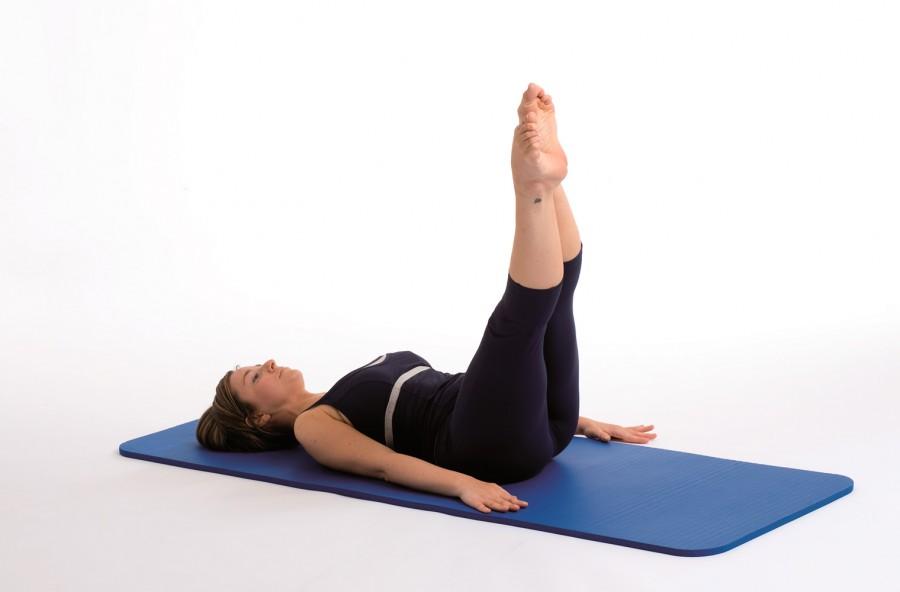 Pilates: corkscrew per la pancia piatta