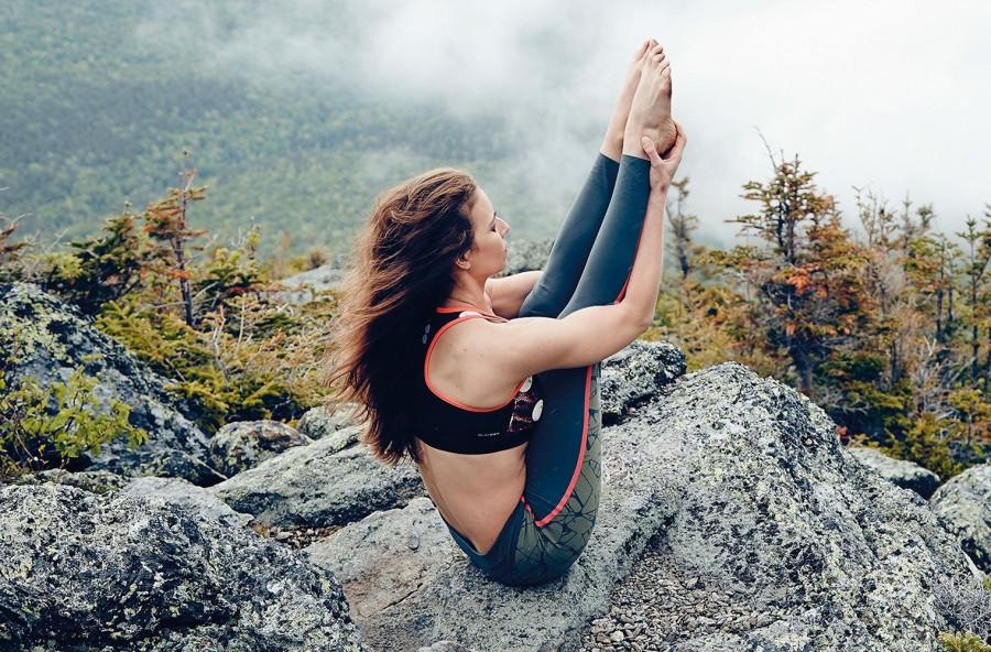 Yoga: gli esercizi per superare la stanchezza di primavera