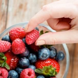 Capelli e unghie fragili? Scegli frutta e ortaggi rossi