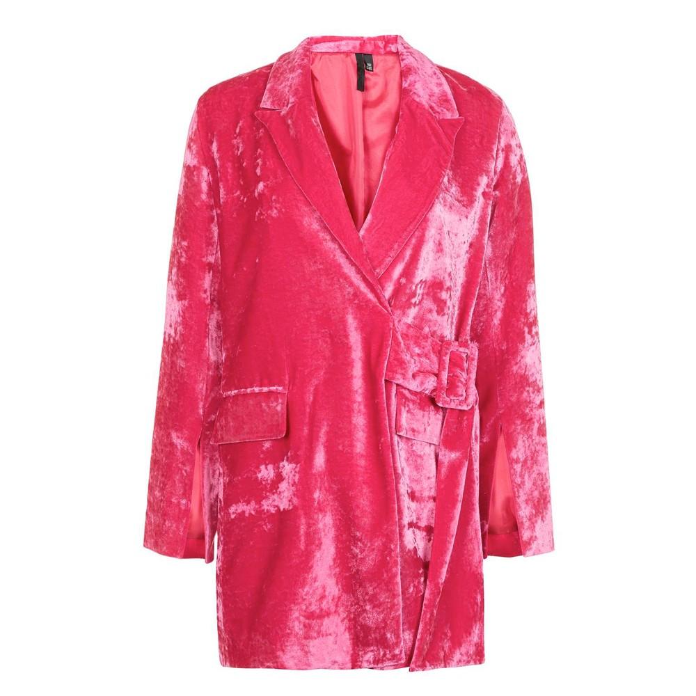 Boutique – cappottino in velvet rosa (euro 260)