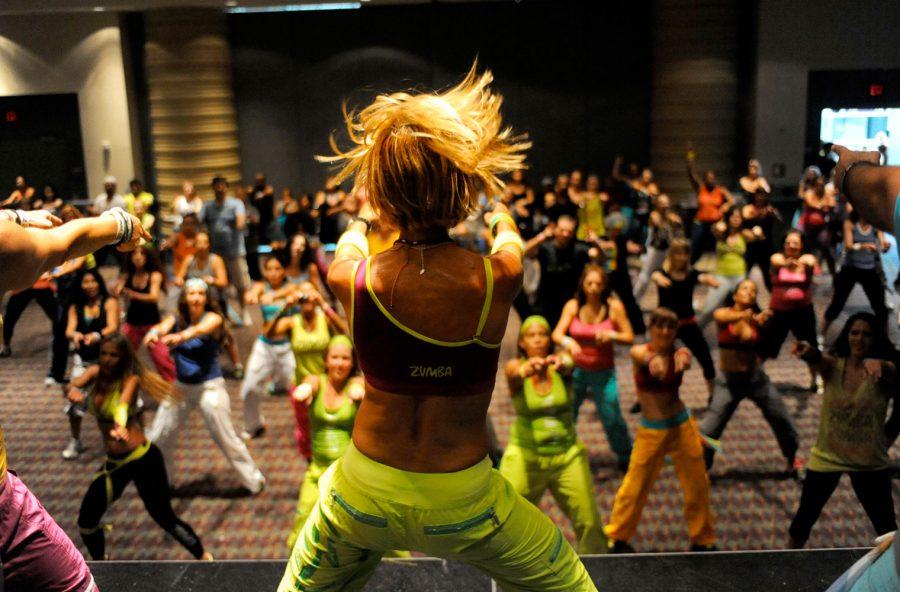"""Strong by Zumba: prova il nuovo """"party in palestra"""" che modella e snellisce"""