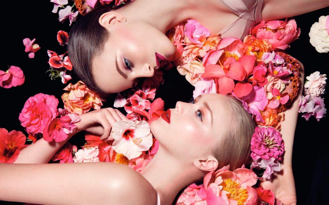 medium-Girl-Fashion-Colors-Spring-Summer-2017-Hypnotic-Blossom