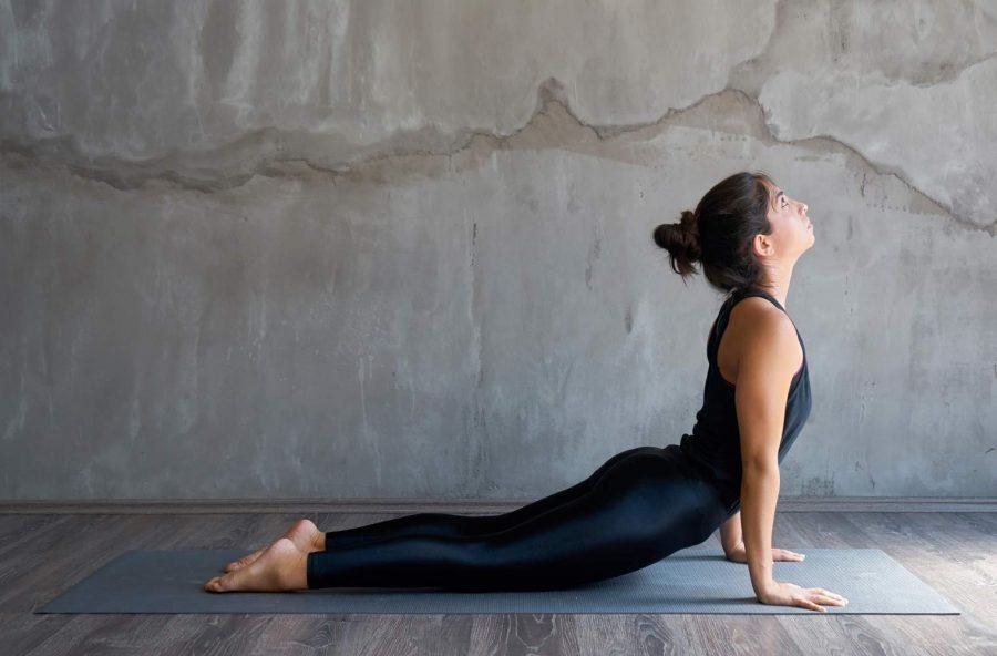 Yoga: risveglia l'energia femminile con il Saluto alla Luna