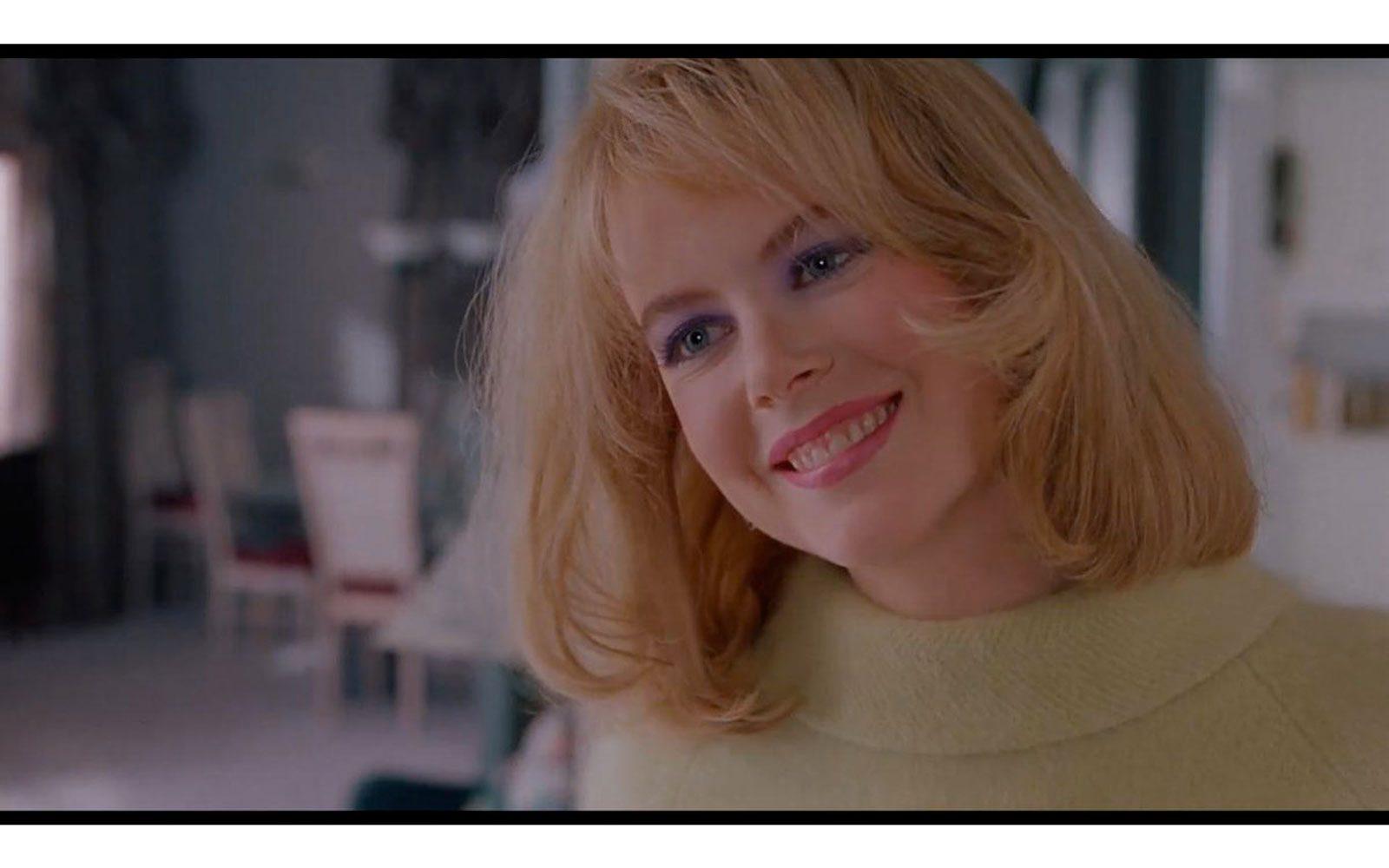 """""""Da morire"""" (1995). Assieme a """"Ritratto di signora"""" è il film della svolta, di quelli che fanno capire che oltre che bella è brava. Caschetto biondo-giallo e non molto fine, interpreta un'aspirante celebrity del giornalismo televisivo senza scrupoli, che usa il sesso per controllare un adolescente Joaquin Phoenix"""