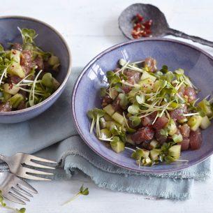Ahi poké: insalata di tonno
