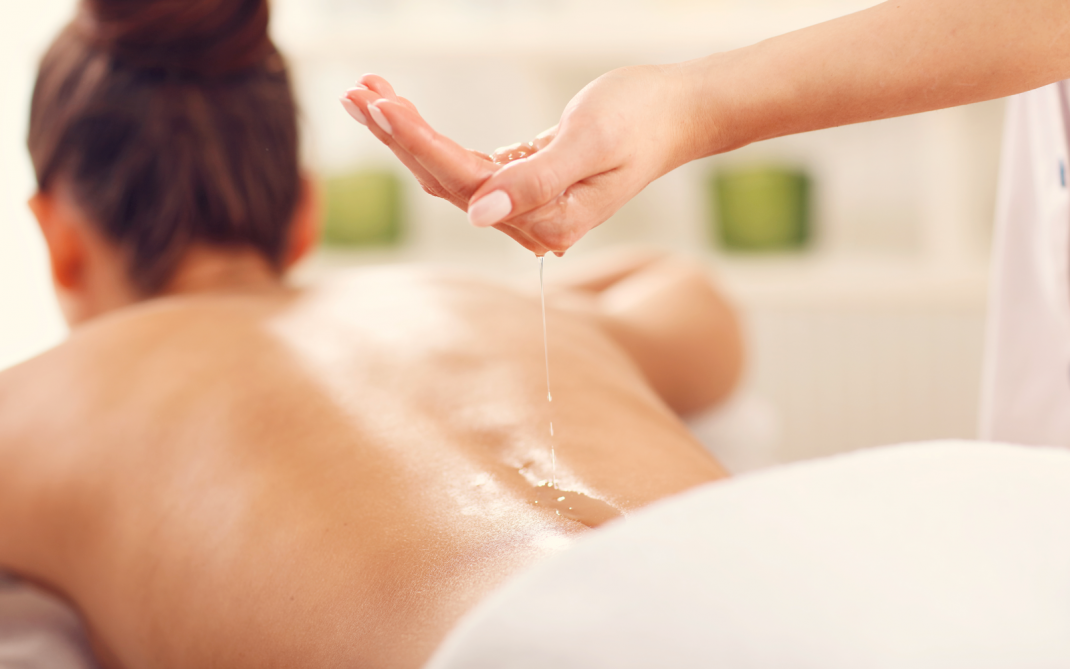 pieno corpo olio massaggio sesso nero porno VIDES
