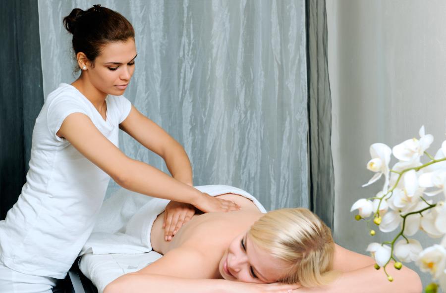 Mal di schiena: allenta le tensioni con il massaggio dei metameri