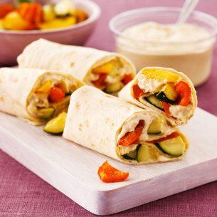 Wraps con hummus e verdure