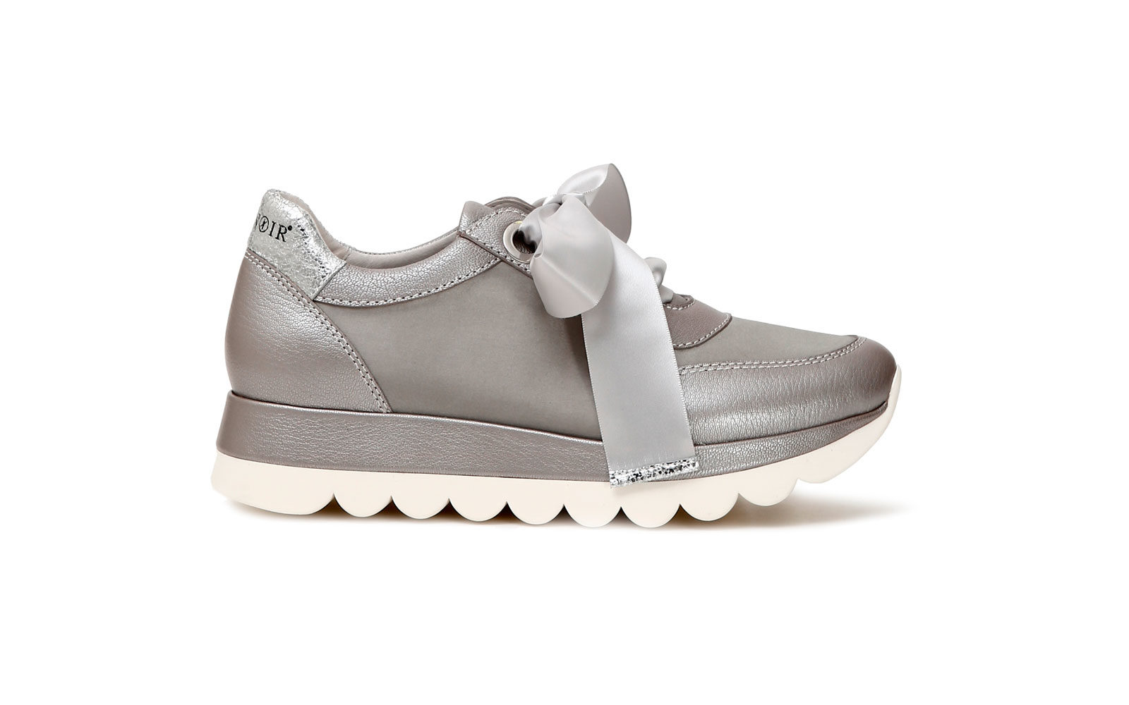 CafèNoir Sneakers in pelle perlata e raso euro 119