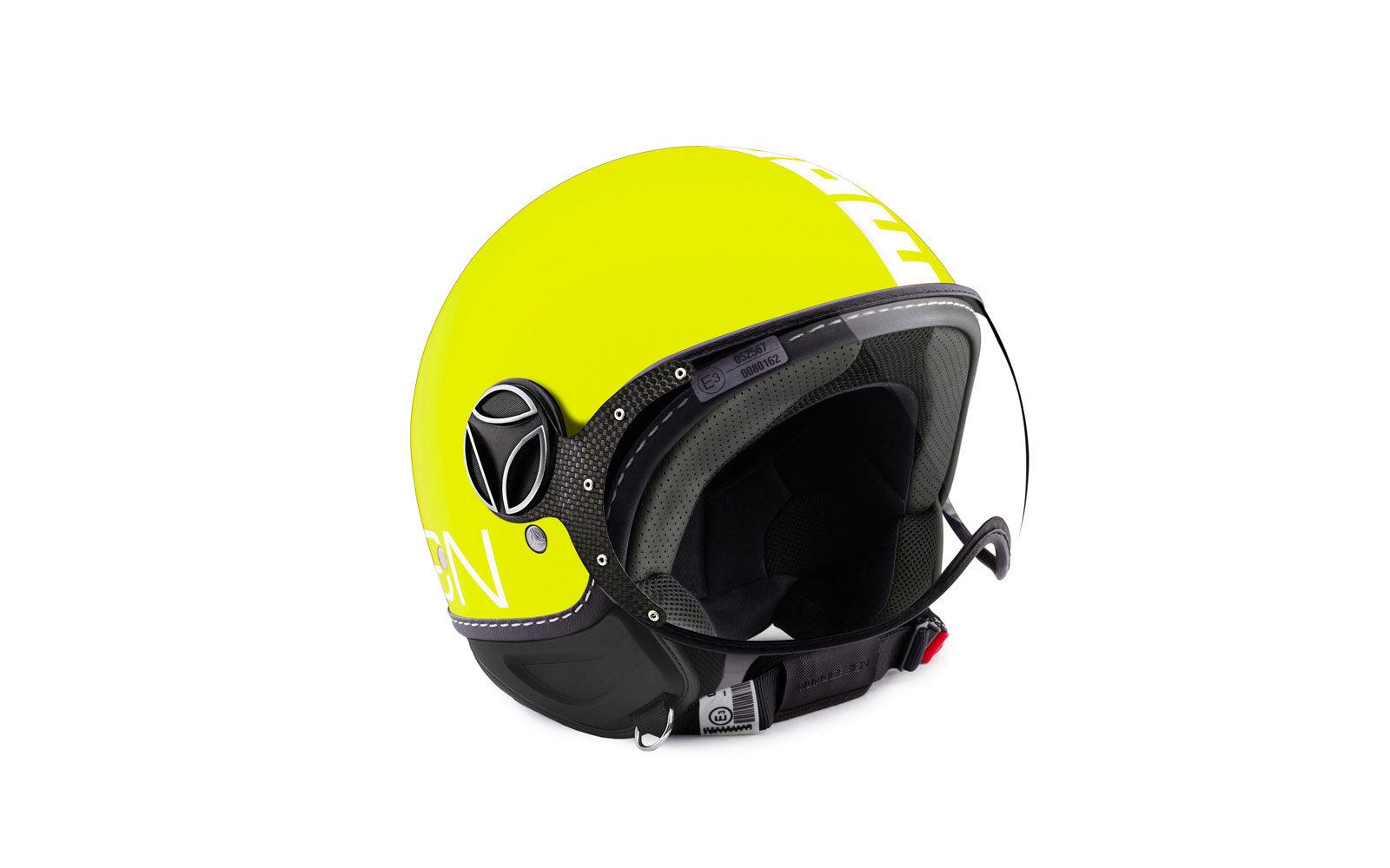 MOMODESIGN casco giallo lime, con visiera antigraffio 189 euro  www.momodesign.com