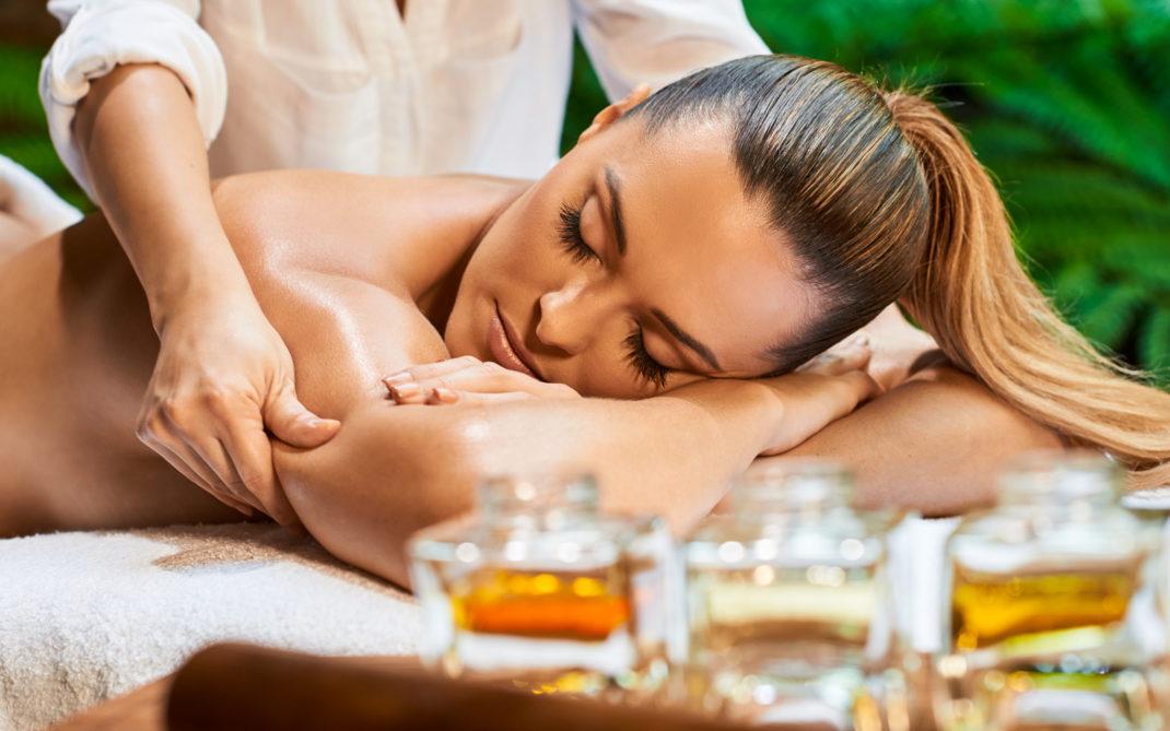 Olio per massaggi e sesso