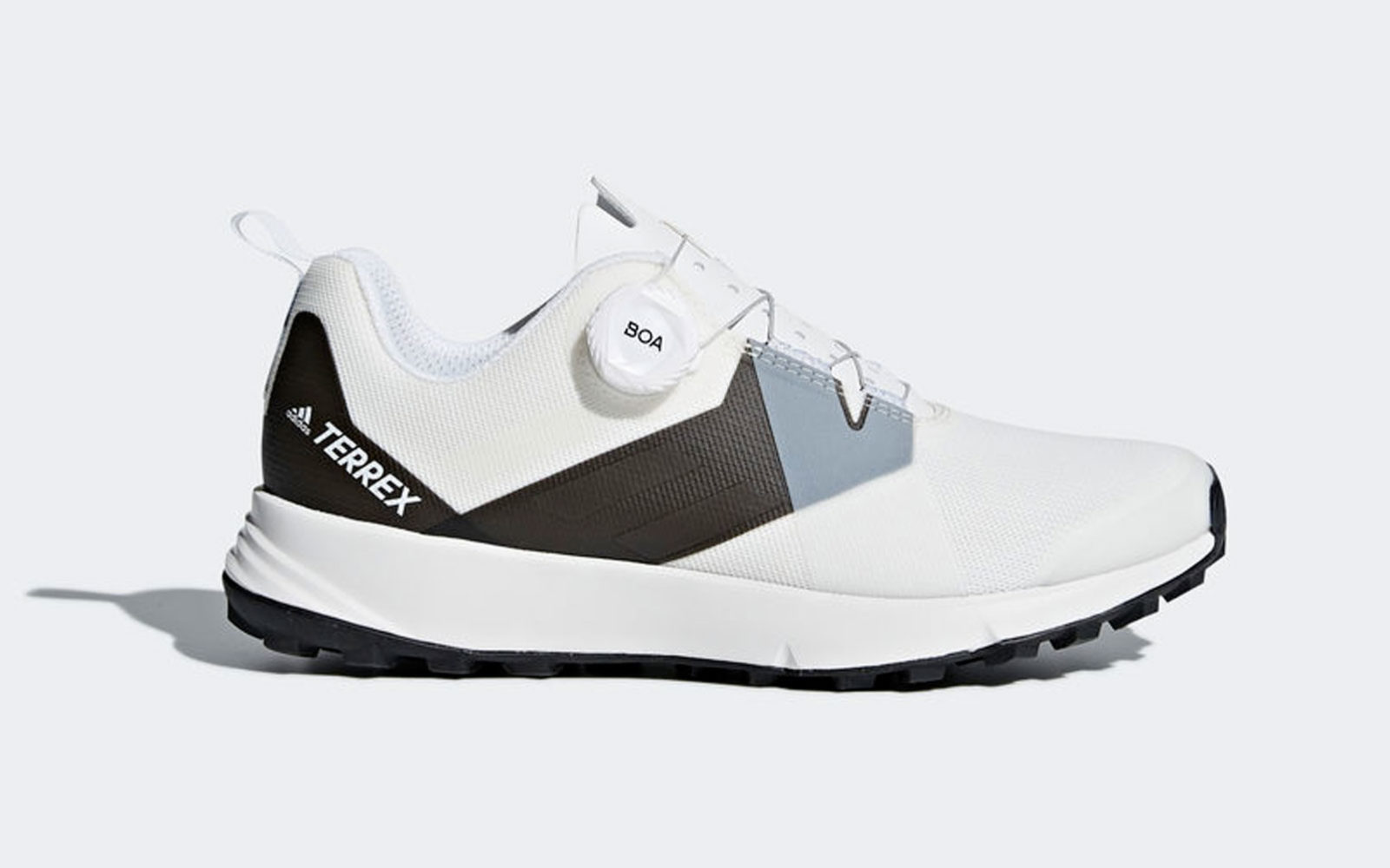 Adidas Terrex Two Boa, tomaia in mesh traspirante, suola ammortizzata e sistema di chiusura Boa, con rotella e morbidi lacci che resistono anche in ambienti bagnati e fangosi, euro 130