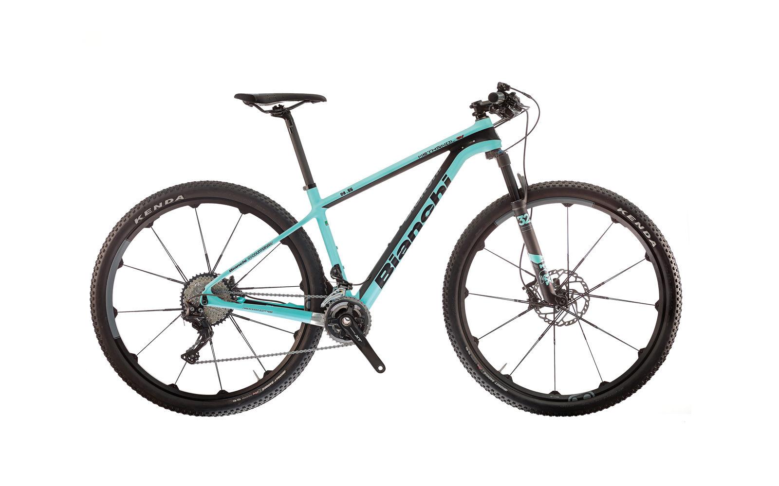 Bianchi Methanol CV 9.5, la bici usata dalle atlete top, con sistema integrato CV che elimina le vibrazioni e geometria racing, disponibile anche in taglia 38 per le più minute, euro 3690