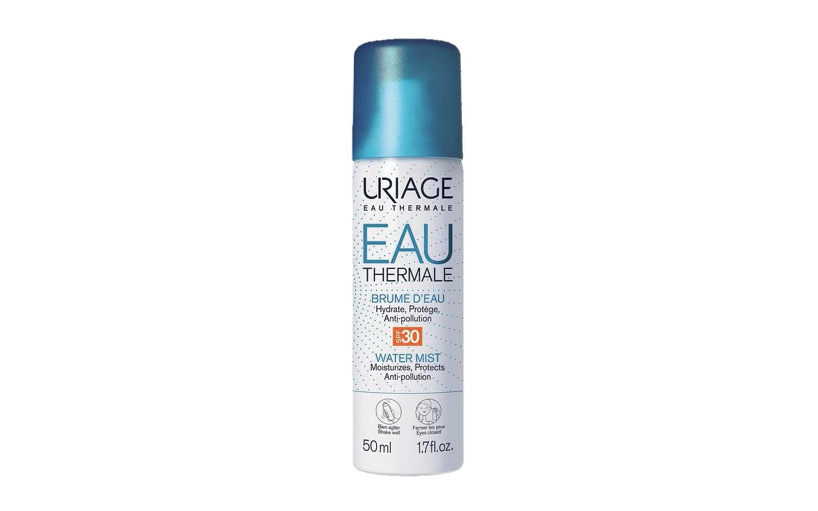 Uriage propone un'acqua termale delle Alpi che idrata, rinfresca e protegge: lo Spray all'acqua Spf 30 si nebulizza al bisogno (farmacia, 10,90 euro).