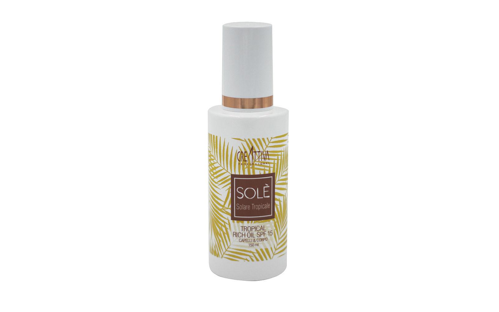 La novità dell'estate? Prodotti che proteggono capelli e corpo come Tropical Rich Oil SPF 15 Capelli & Corpo Solè di Creattiva Professional (salone, da 23 euro).