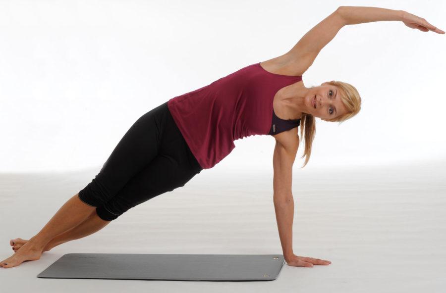 """Pilates, con la """"sirenetta"""" solleciti gli addominali"""