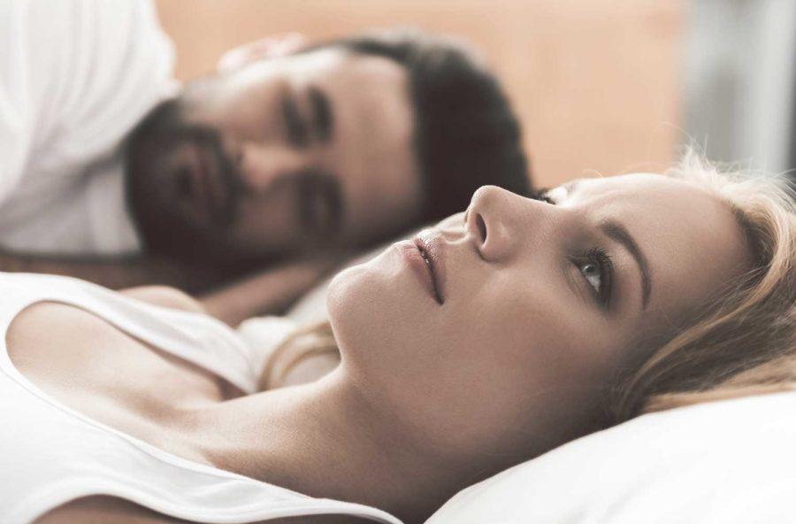 Sonno agitato? Influisce (negativamente) anche sulla coppia