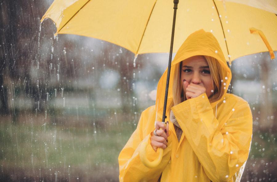 Allarme maltempo: con la pioggia arriva anche il mal di gola