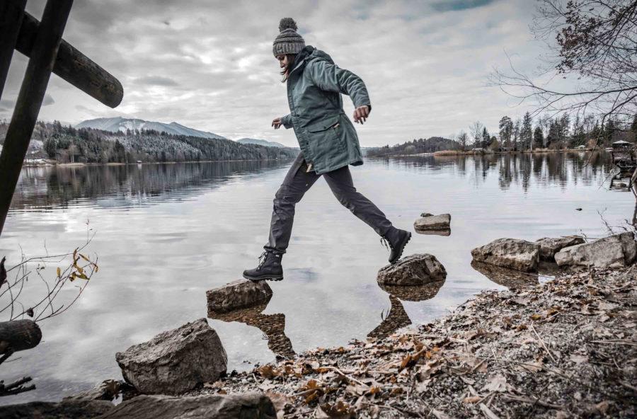 Trekking d'inverno, gli scarponcini giusti