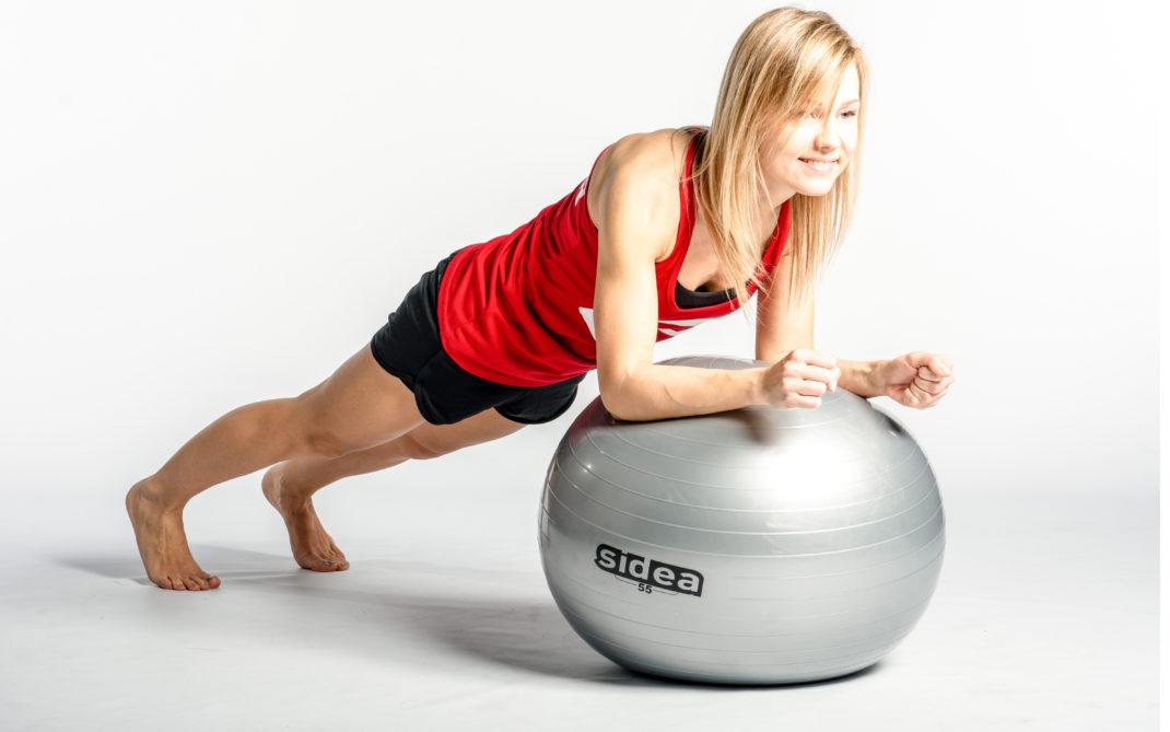 Evgenua - plank sulla palla