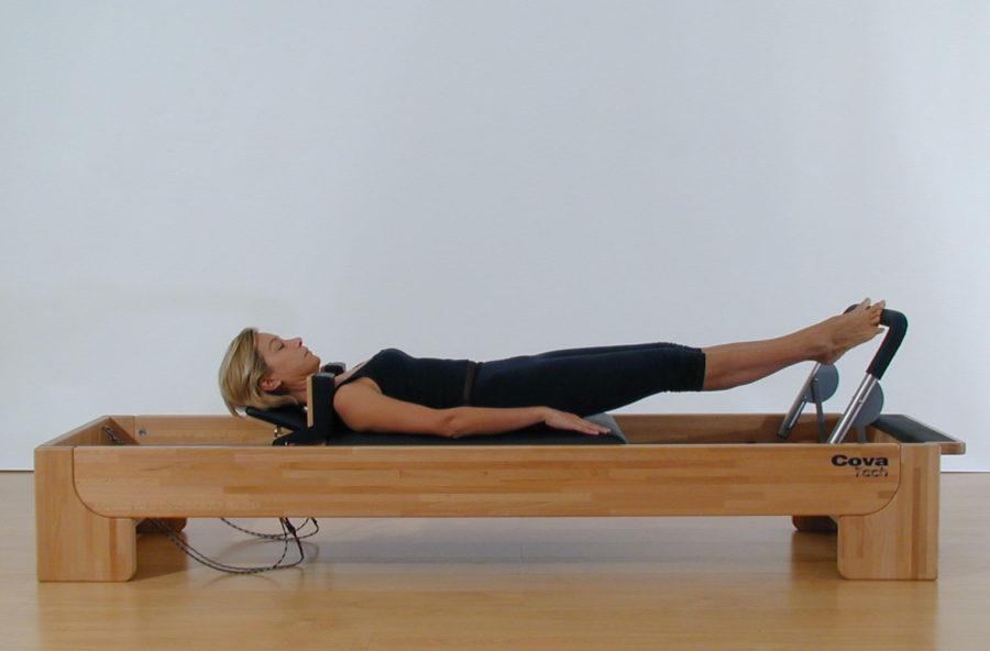 Pilates: gambe leggere e senza cellulite con il Footwork sul Reformer