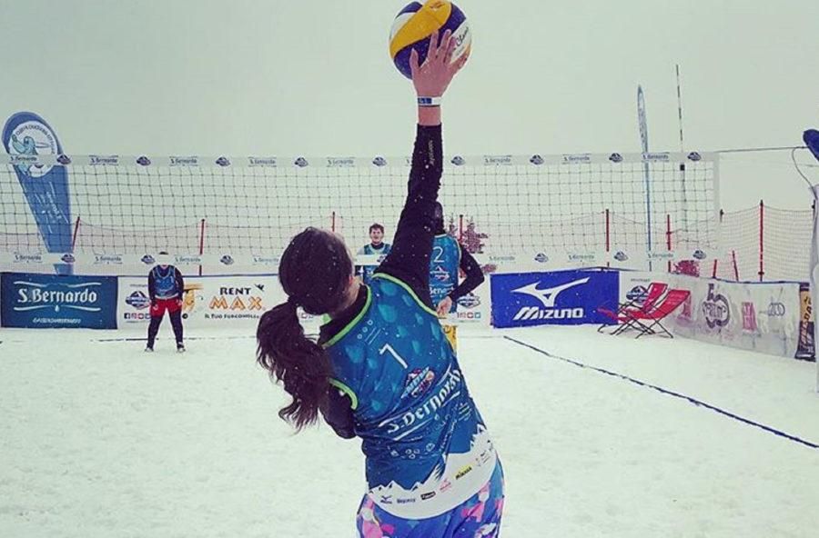 Snow volley: a pallavolo si gioca (anche) sulla neve