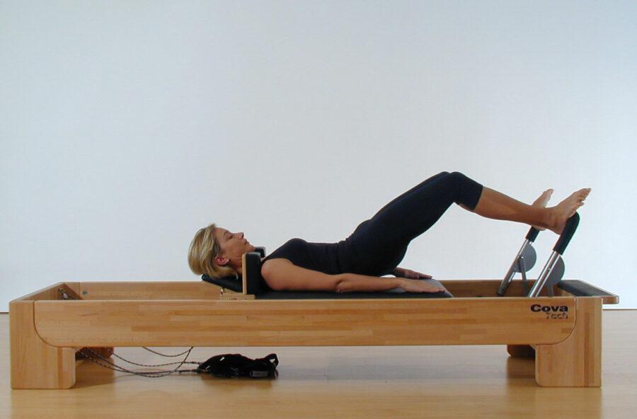 Pilates: push up per i glutei sul Reformer