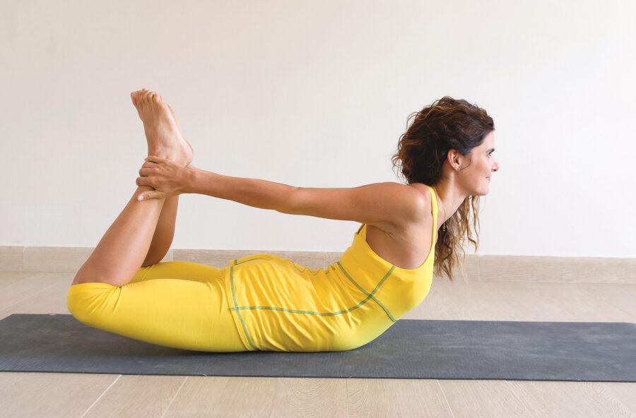 Yoga: con l'Arco cancelli le emozioni negative. E rafforzi glutei e schiena