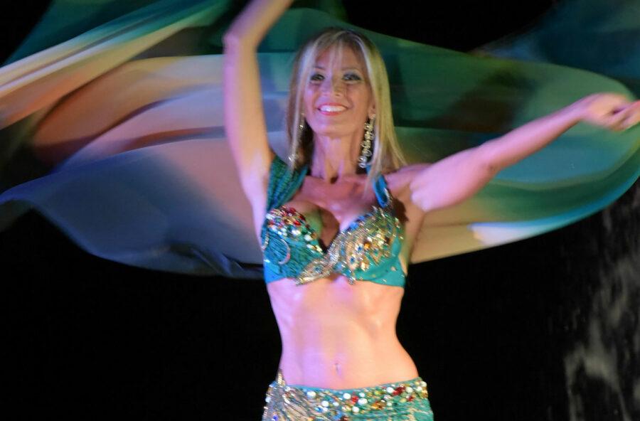 Belly dance: un ballo sensuale e femminile che migliora l'autostima