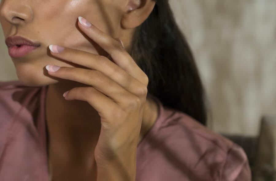 Nail art: le nuove versioni della french manicure