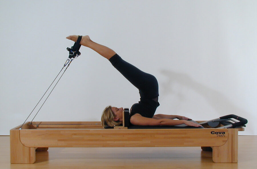 Pilates, total body workout con lo Short spine sul Reformer