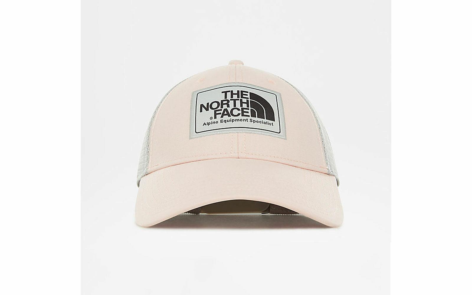 The north Mudder Trucker, cappellino in cotone con tessuto di rete nella parte laterale e posteriore, per la massima traspirabilità, euro 28
