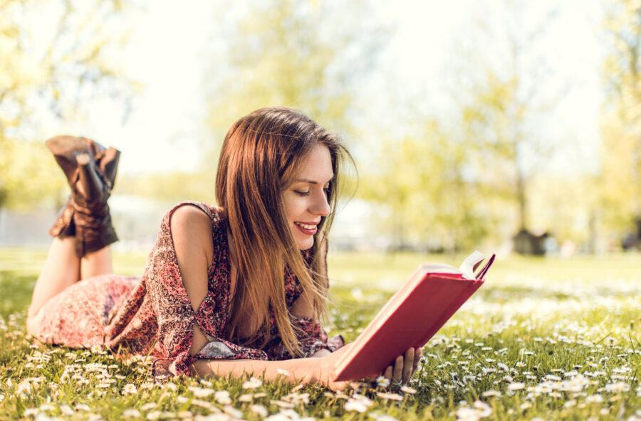 Book therapy: curarsi l'anima con un libro