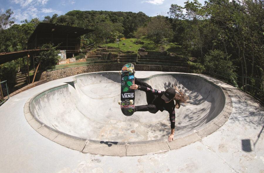 Skateboard: a fare acrobazie si impara. I corsi sono tutti al femminile