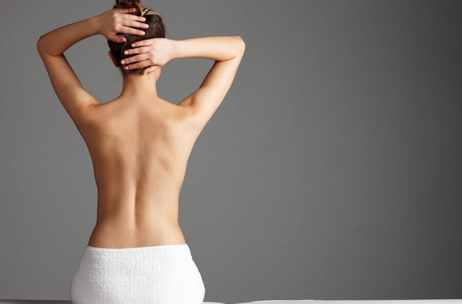 Schiena e collo: via rigidità e dolori con gli esercizi del metodo Feldenkrais