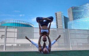 Acrovibes: anche tu puoi fare (un po') l'acrobata