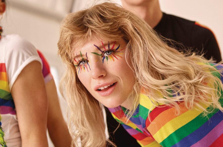 Moda estate 2019, colori arcobaleno per celebrare la Pride Week
