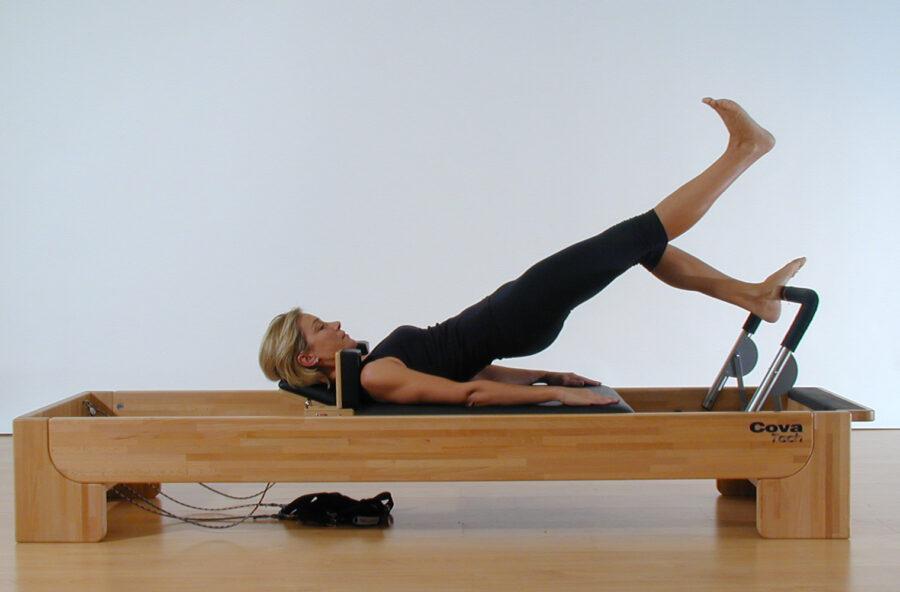 Pilates, glutei alti e sodi con il Bottom lift one foot sul Reformer
