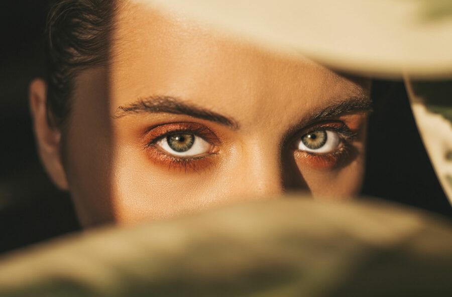 Occhi: 10 regole per proteggerli dal sole